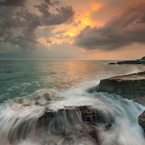 Melastic Beach - Bali by Tim Teo - Landscapes Beaches