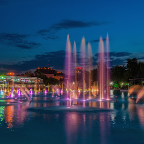 The singing fountains by Petar Shipchanov - City,  Street & Park  Fountains ( plovdiv, water, park, fountains, singing, tsar, lake, king, lights, sky, blue, color, fountain, sing, light, garden, bulgaria, simeon )