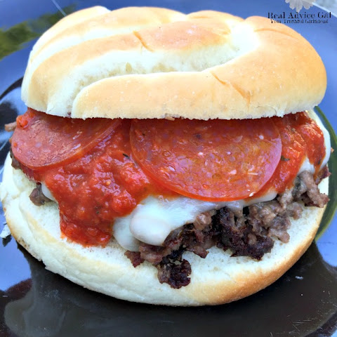 Easy and Delicious Pizza Burgers
