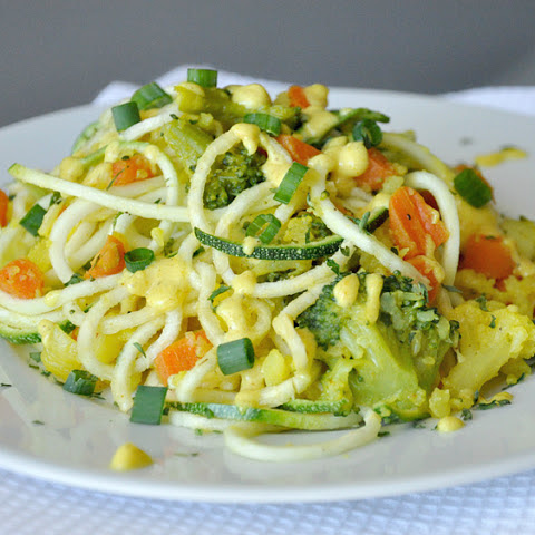 Creamy Curry Spiralized Zucchini Pasta