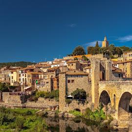 panoramica Besalú, Girona by Roberto Gonzalo Romero - City,  Street & Park  Vistas ( girona, panoramica, besalú )