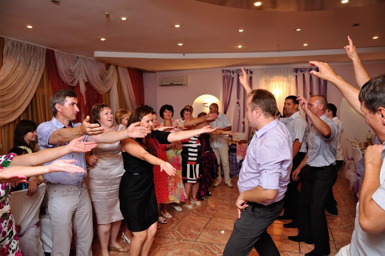 Сценарий для начинающей тамады на свадьбу