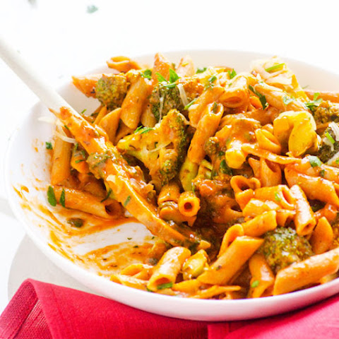 Healthy One Pan Penne with Broccoli