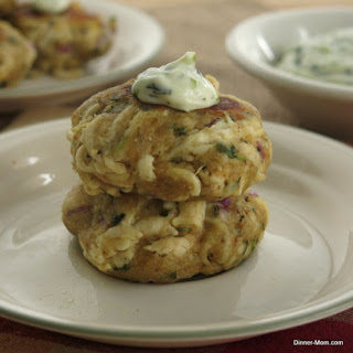 Chicken Cakes with Cilantro Garlic Mayo for #GGHoliday2013 and #SundaySupper