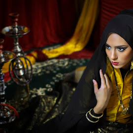 Arabian Beauty by Chandra Irahadi - People Street & Candids