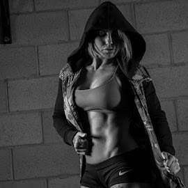 Tiffany by Bart Cepek - Sports & Fitness Fitness ( canon, sexy, low key, female, fitness )