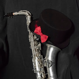 Formal Sax by Paul Romanow - Artistic Objects Musical Instruments ( music, tie, saxophone, silver, top hat, alto )