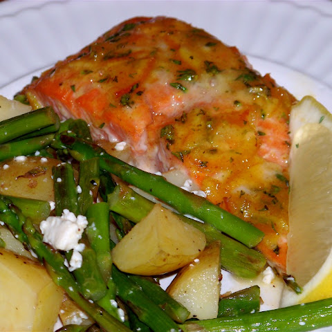 Citrusy Orange and Thyme Glazed Salmon Fillets