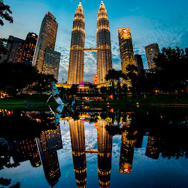 Petronas Twin Tower by Biman Sarkar - City,  Street & Park  Skylines ( petronas twin towers, klcc, refelction, colors, petronas, kl city park, night, malaysia, petronas twin tower, kl, kuala lumpur,  )