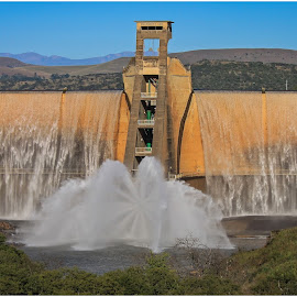 Dam wall by Dirk Luus - Buildings & Architecture Other Exteriors ( water, building, dam, construction, wall )