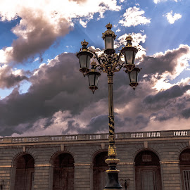 rays of light by Roberto Gonzalo Romero - Artistic Objects Other Objects ( clouds, light, rays )