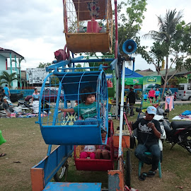 Odong Odong by Arnold Hutagalung - City,  Street & Park  Amusement Parks ( #odongodong #indonesia #lombok #manworks #lapangan )