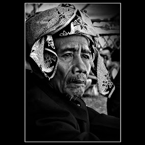 Sanro by Ahmad Irfan - People Portraits of Men