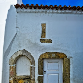 door and fake window by Carlos Pereira - Buildings & Architecture Homes