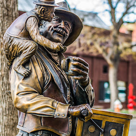 by Steve Wieseler - Buildings & Architecture Statues & Monuments