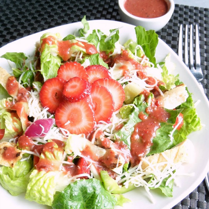 Grilled Chicken Salad with Fresh Strawberry Vinaigrette Recipe ...