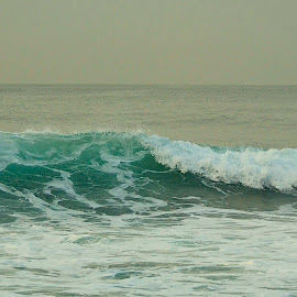 Waves by Justin Rautenbach - Landscapes Waterscapes