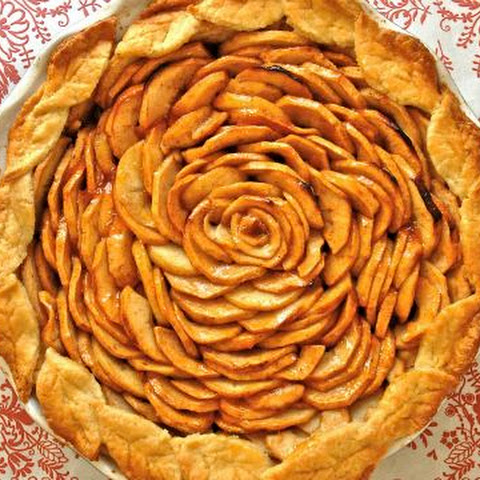 Apple Pie with Cream Cheese Pie Crust