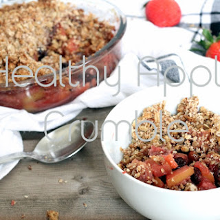 Healthy Apple and Strawberry Crumble