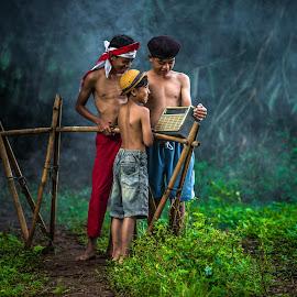 by Eko Probo D Warpani - People Portraits of Men ( child, village, strobist, indonesia, nikon )