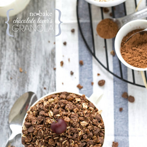 {No-Bake} Chocolate Lover's Granola