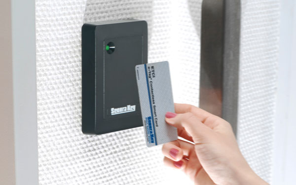 How to Choose a Door Access System for Your Office?