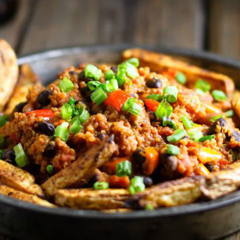 All-American Quinoa Chili Fries [Vegan]