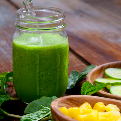 Dehydration-Busting Pineapple Cucumber Mint Smoothie