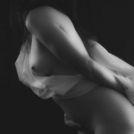 by Zibbies Du Toit - Nudes & Boudoir Artistic Nude