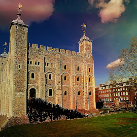 London tower by Gérard CHATENET - City,  Street & Park  Historic Districts