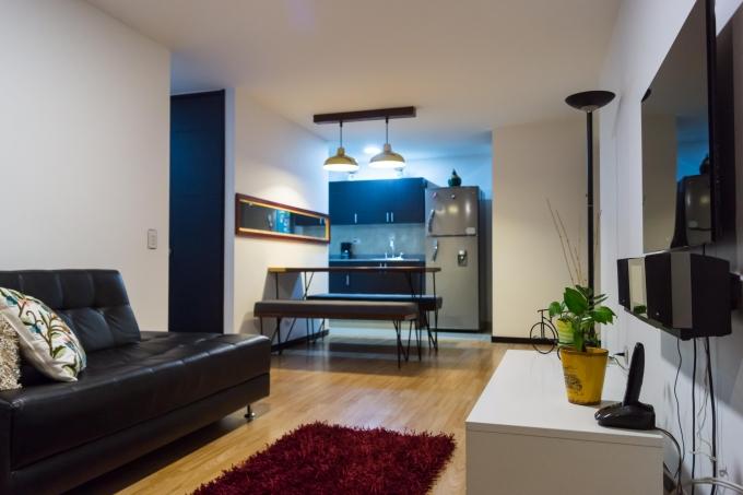 apartamento en arriendo poblado 585-2254