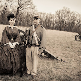 A Look in the past by Loren Holloway - People Couples ( reenactment, ventage, battle field )