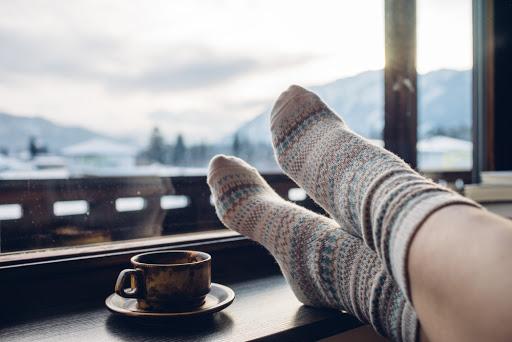 Heißer Tee im Winter