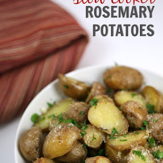 Slow Cooker Rosemary Potatoes