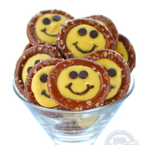 Smiley Face Pretzels