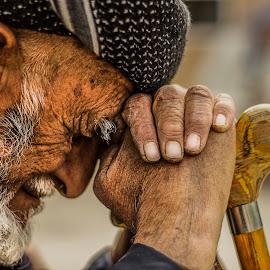 senior by Omer Yussuf Alnahi - People Portraits of Men ( portraits, people, culture, portrait, senior, eyes,  )