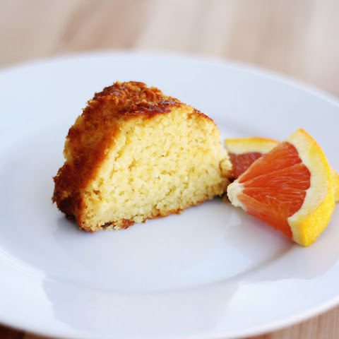 Sugarless and Flourless Citrus Cake