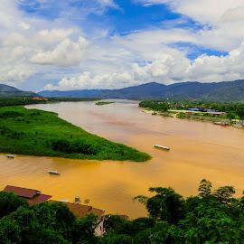 Gold by Fernanda Paixão - Landscapes Travel ( blue sky, sky, green, boats, gold, golden, river )