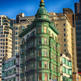 by Jeanne Knoch - Buildings & Architecture Office Buildings & Hotels