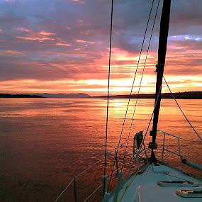 sunrise by Michel Lapensée - Instagram & Mobile Android ( sailing, sea, sunrise, sailboat, sun )