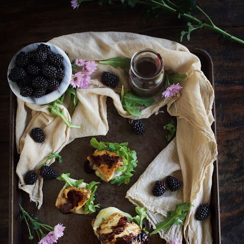 Chicken with Brie and Blackberry Sauce