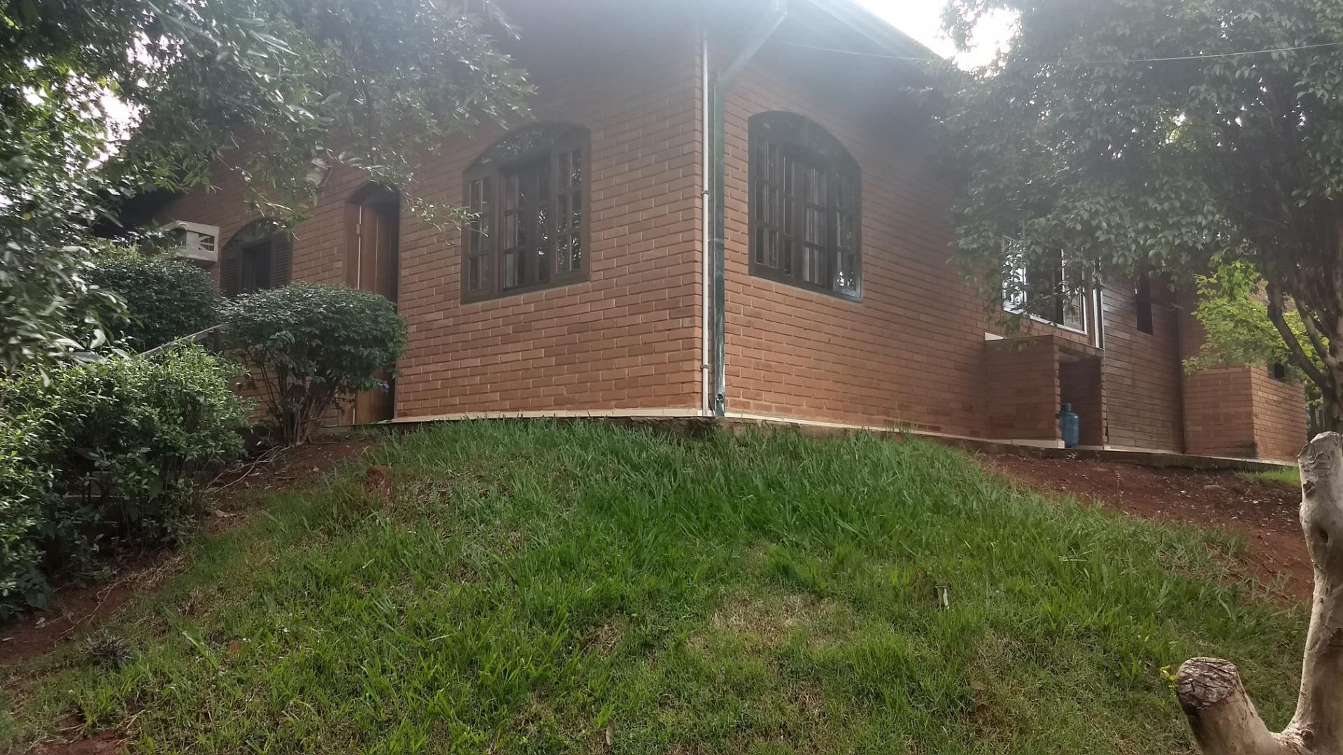 Chácara Aconchegante com 2 Casas à venda, 1000 m² por R$ 586.000 - Balneario Tropical - Paulínia/SP