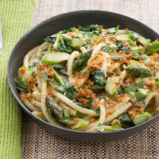 Spring Bucatini Pasta with Fava Leaves, Asparagus & Mint