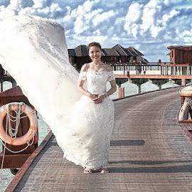 by Robert dela Torre - Wedding Getting Ready