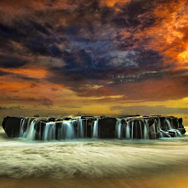 by Dida Melana - Landscapes Waterscapes