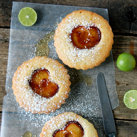 Grilled Plum Little Cakes