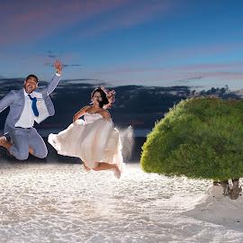 Jump!!! by Andrew Morgan - Wedding Bride & Groom ( tree, strobist, wedding, sunset, wedding dress, bride )