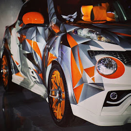 orange juki by Yudha Adillasaputra  - Instagram & Mobile Instagram ( car, carshow, autoshow, nissan, juke, stilllife, sony )
