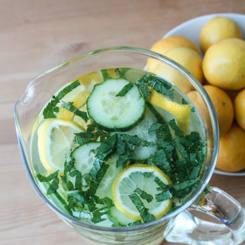 Minted Lemon & Cucumber Detox Water