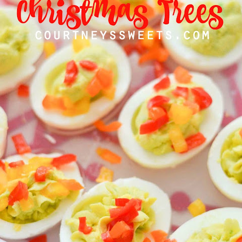 Deviled Eggs Christmas Trees with Rubbermaid TakeAlongs